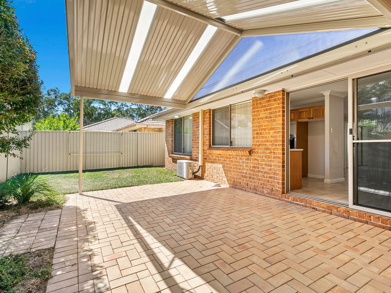 3/843 Henry Lawson Drive, Picnic Point, NSW 2213