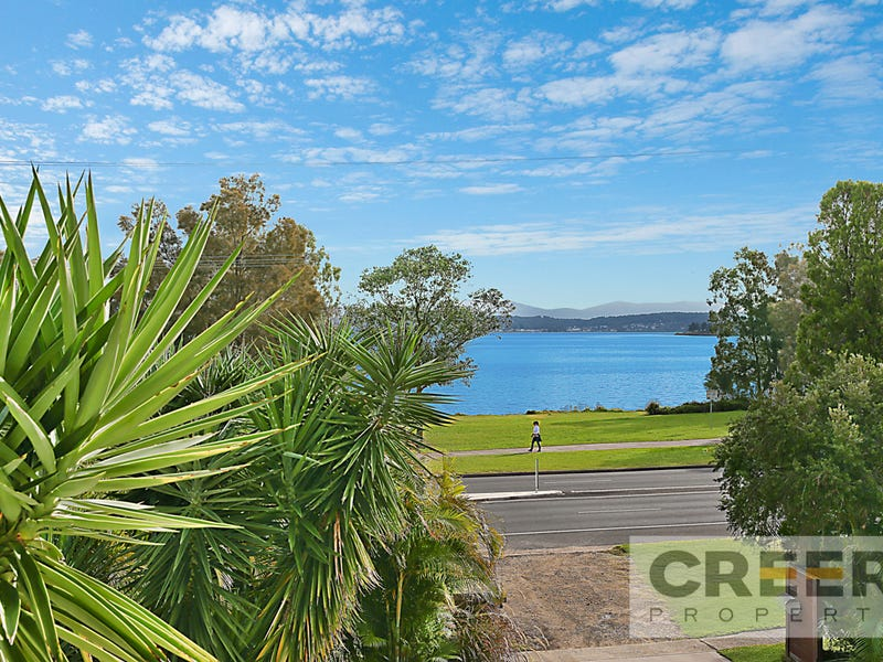 524 The Esplanade, Warners Bay, NSW 2282