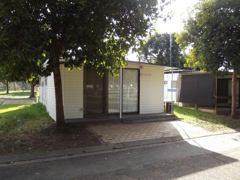 Site 18 Yarrawonga Holiday Park, Yarrawonga, Vic 3730