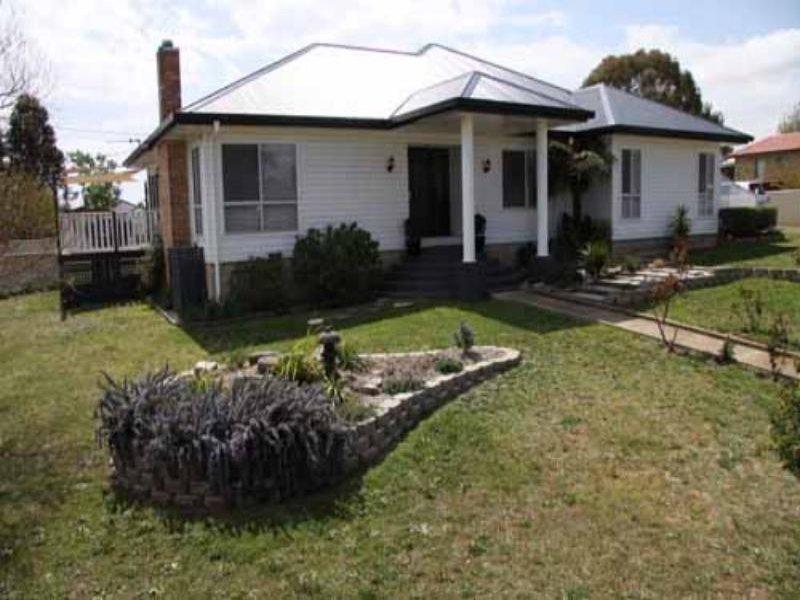 110 Oliver St, Glen Innes, NSW 2370