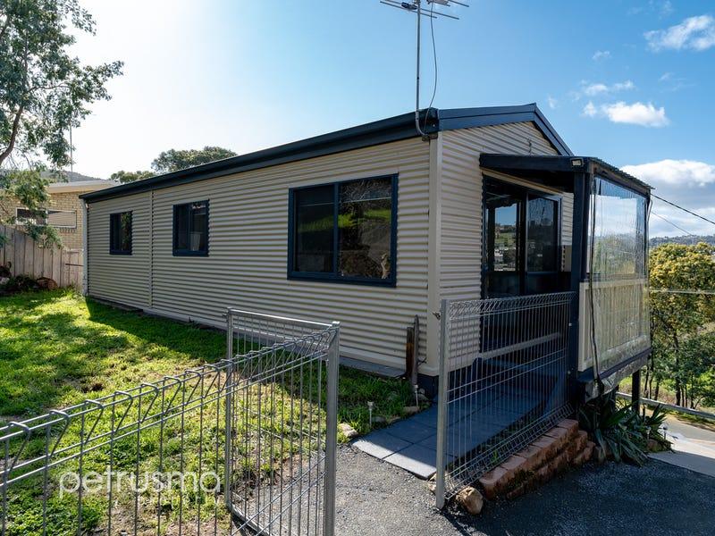 112 Flagstaff Gully Road, Lindisfarne, Tas 7015