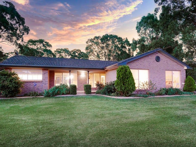 17 CAMILLA CL, Windella, NSW 2320