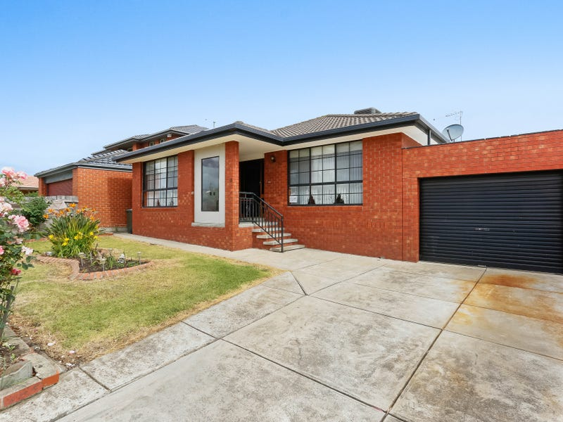 11 Melaleuca Drive, Meadow Heights, Vic 3048