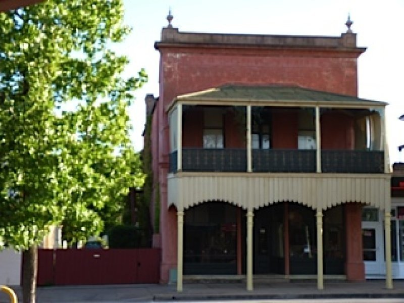 40 Bank Street, Molong, NSW 2866