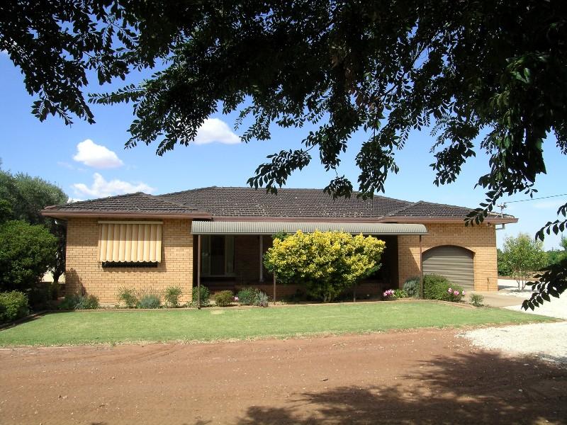 Farm 1359 Gribble Road, Yenda, NSW 2681