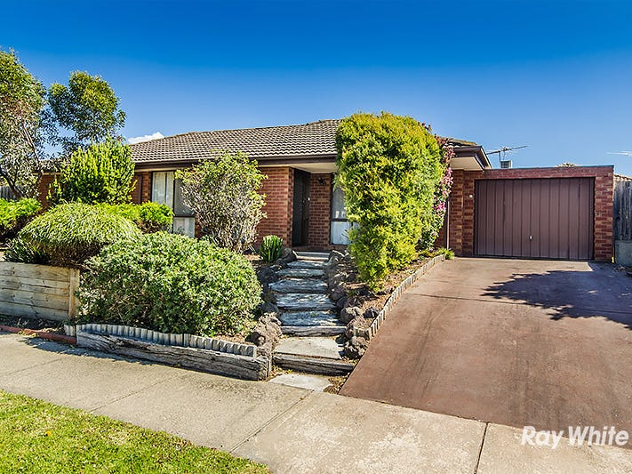 11 Hoysted Avenue, Cranbourne North, Vic 3977