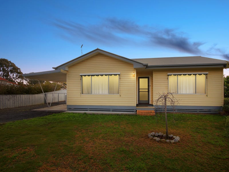 24 Tweeddale St, Dunolly, Vic 3472