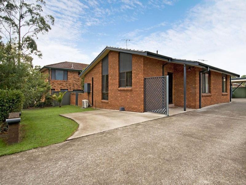 1&2,3 Lobelia Close, Metford, NSW 2323