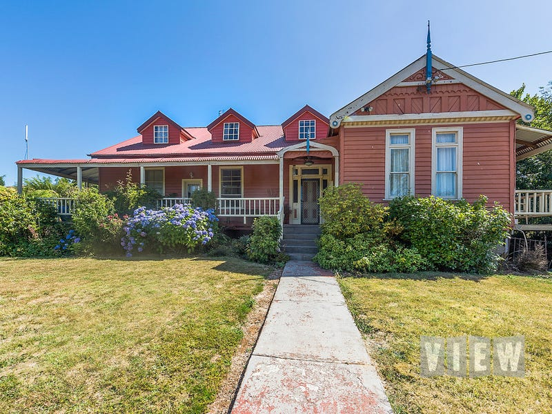 62 Main Road, Wilmot, Tas 7310