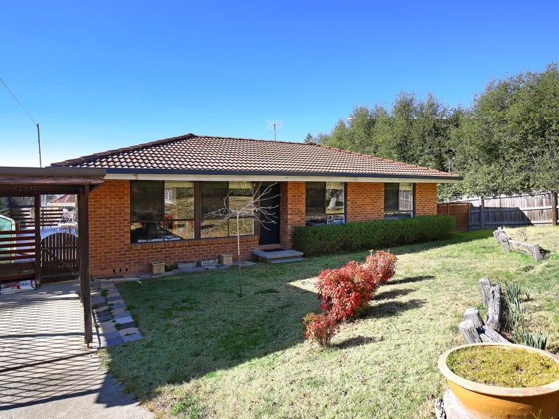5 Laurence Avenue, Armidale, NSW 2350