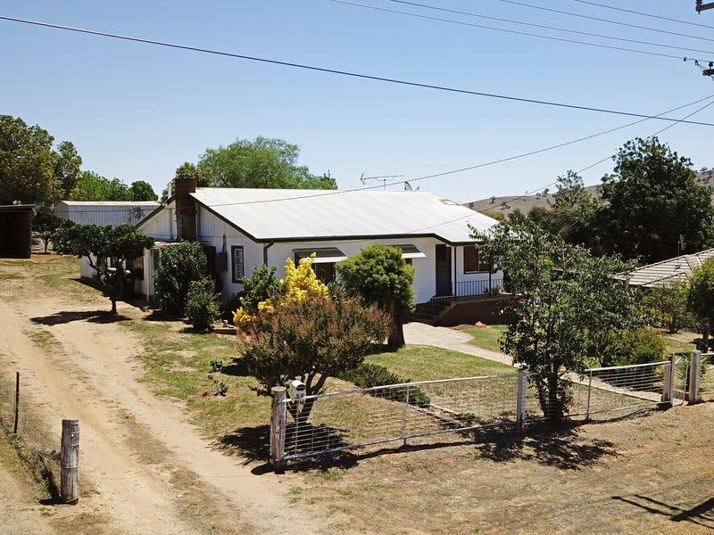 25 Ridge Street, Gundagai, NSW 2722