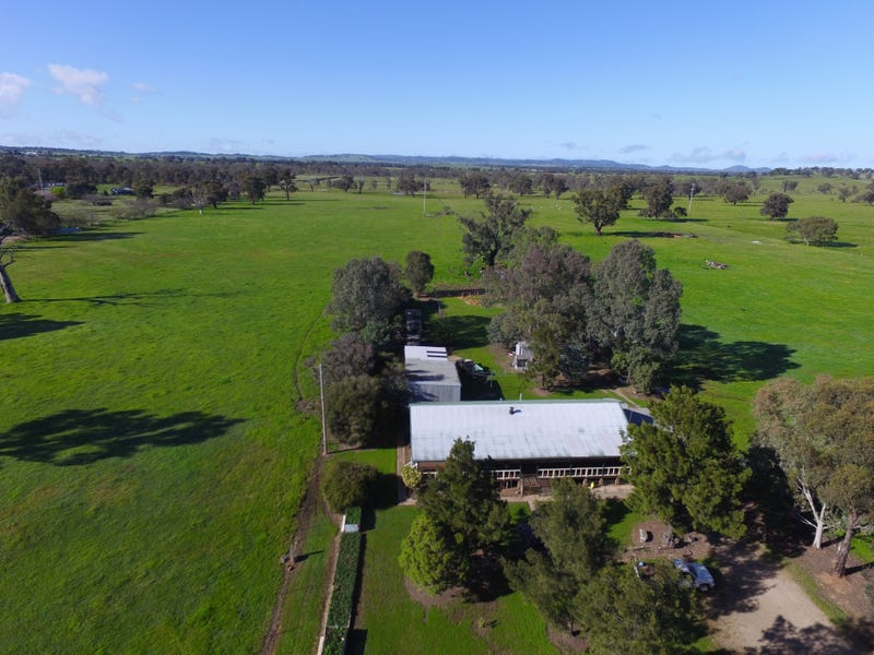 3749 Sturt Highway, Gumly Gumly, NSW 2652