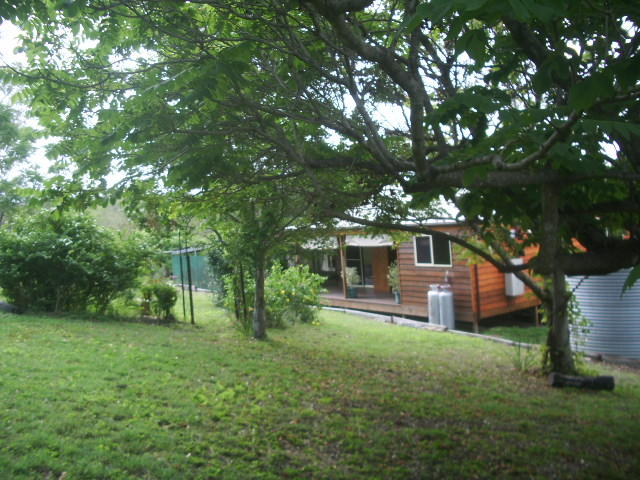 1462 Tableland Rd, Horse Camp, Qld 4671