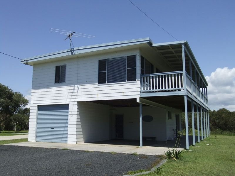 2 Honeysuckle Street, Brooms Head, NSW 2463