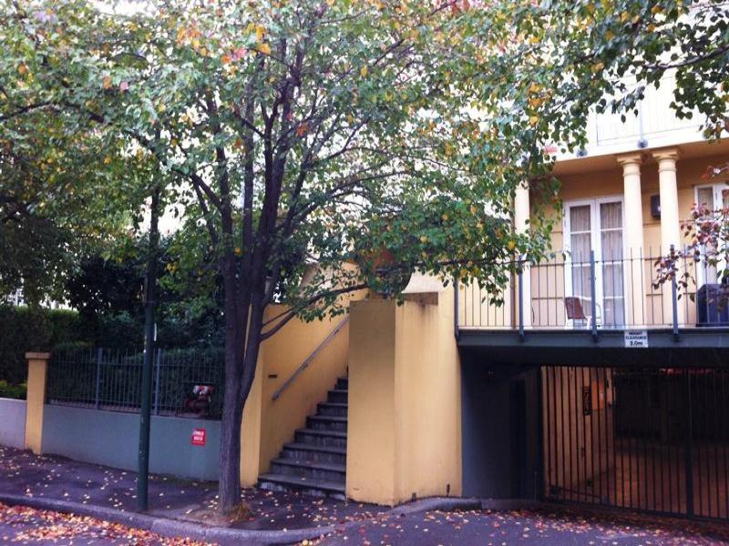 13/8 Wellington Crescent, East Melbourne, Vic 3002
