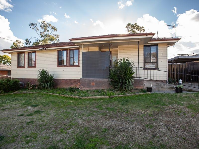 9 Kirkham Crescent, Tamworth, NSW 2340