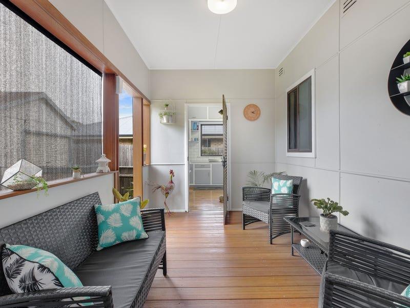 52 Bangalow Street, Ettalong Beach, NSW 2257
