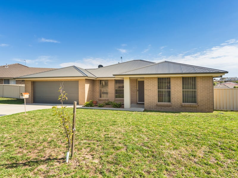 21 Robinson Court, Orange, NSW 2800