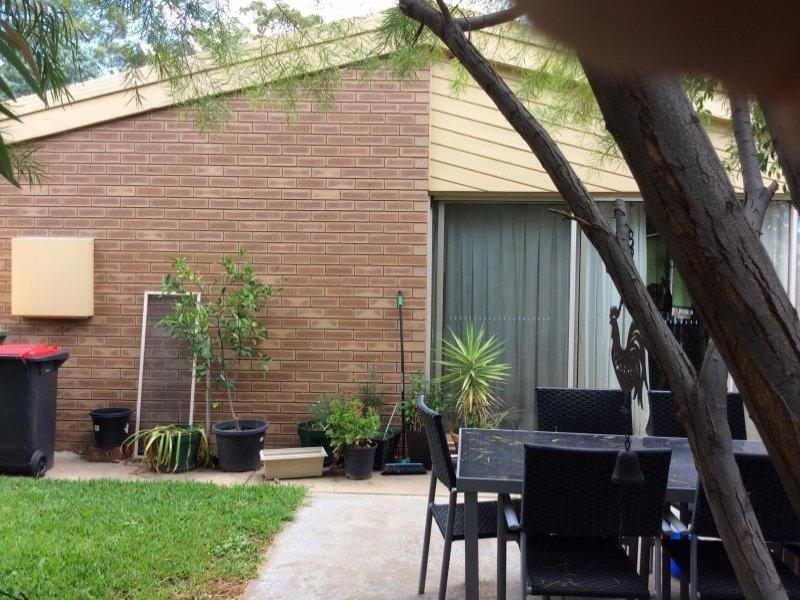 4/8 YARREIN Street, Barham, NSW 2732