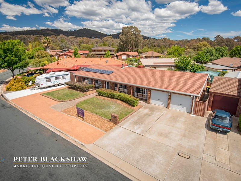 4 Garrong Avenue, Queanbeyan West, NSW 2620