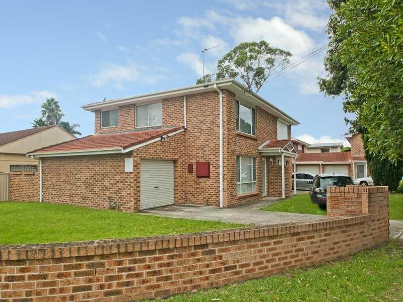 1/2 Windang Street, Albion Park Rail, NSW 2527