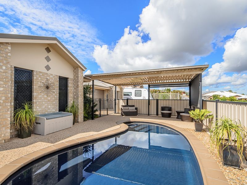 5 Wyara Close, Clinton, Qld 4680