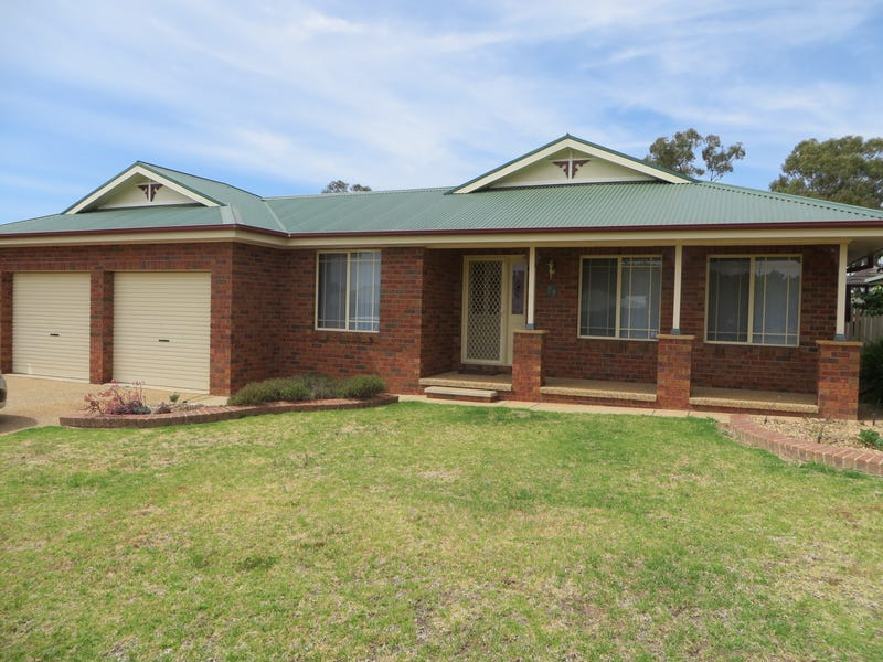 28 Doman Street, Estella, NSW 2650