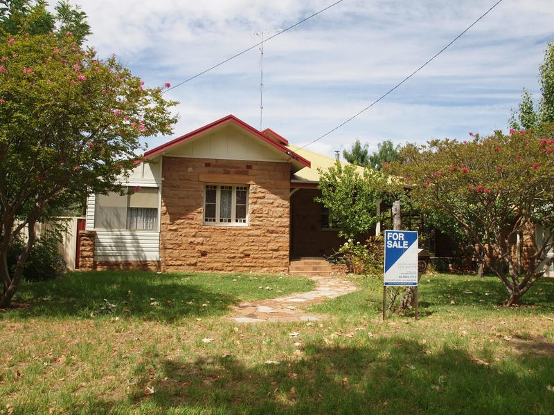 74 Larmer Street, Narrandera, NSW 2700