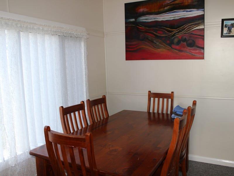 17 Degance Street, Tamworth, NSW 2340