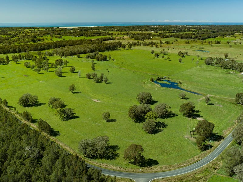 554 Manning Point Road, Oxley Island, NSW 2430