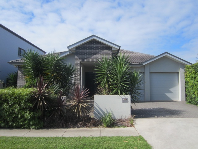 6 SHIMMER ST, The Ponds, NSW 2769