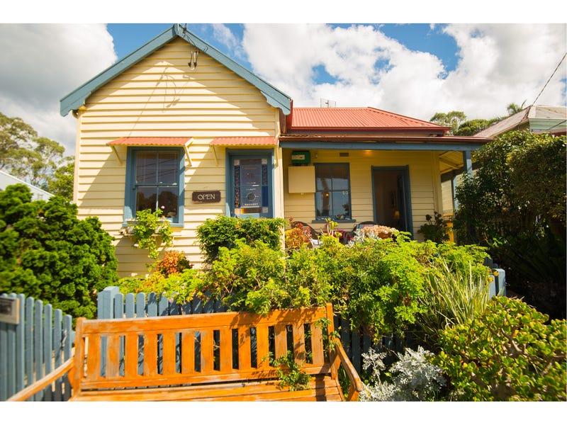 10 Bate Street, Central Tilba, NSW 2546