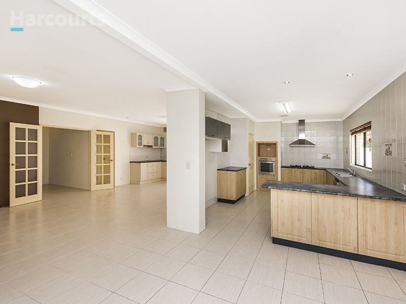 54 St Fillans Bend, Wanneroo