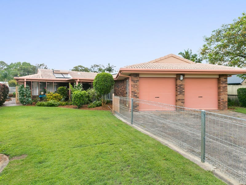 8 Menindee Avenue, Coombabah, Qld 4216