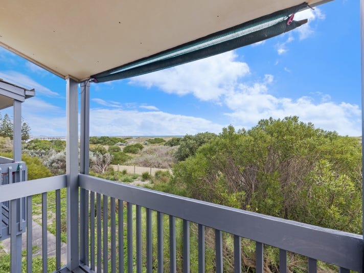 124 Gulf Point Drive, North Haven, SA 5018