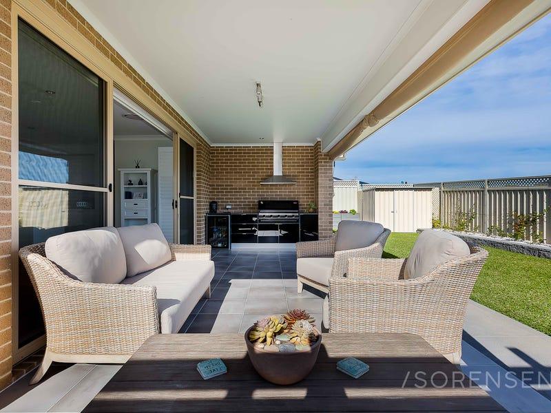 8 Falco Street, Wadalba, NSW 2259