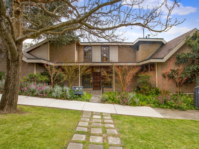 24 Castle Street, Eaglemont, Vic 3084