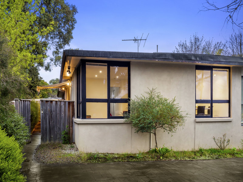 2/4 Central Avenue, Bayswater North, Vic 3153