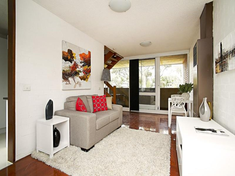 B17/73-87 Haines Street, North Melbourne, Vic 3051