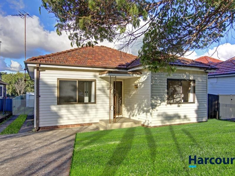 31 Walter St, Mortdale, NSW 2223