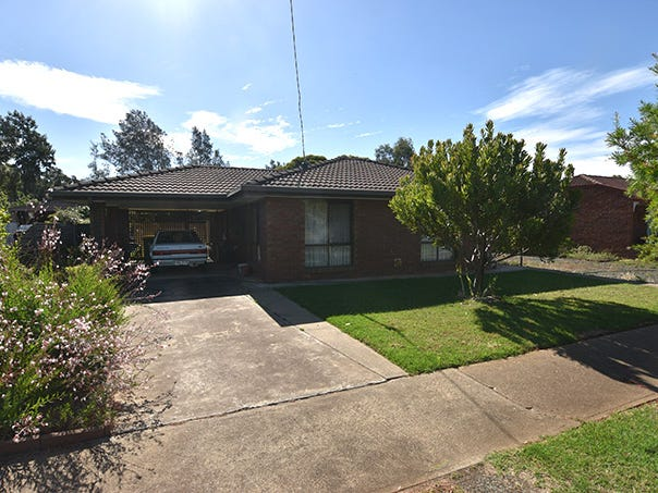 27 Brudenell Street, Stanhope, Vic 3623