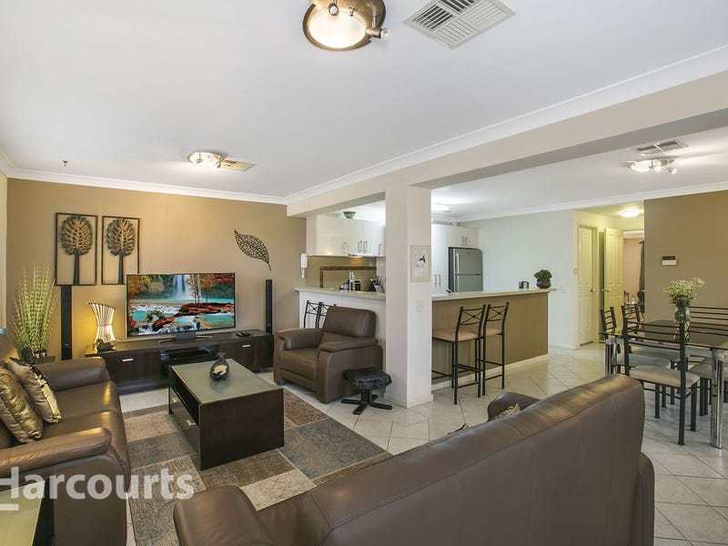 19 Sarah West Place, Mount Annan, NSW 2567
