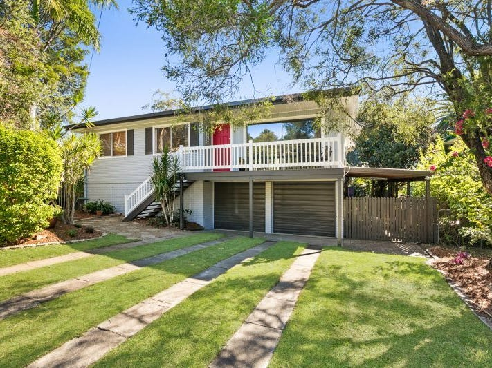27 Pack Street, Jamboree Heights, Qld 4074
