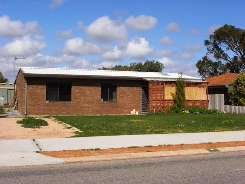 24 Dodd Street, Dongara, WA 6525