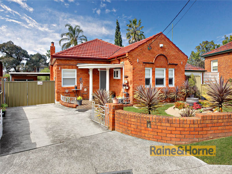 2 Goyen Ave, Bexley, NSW 2207