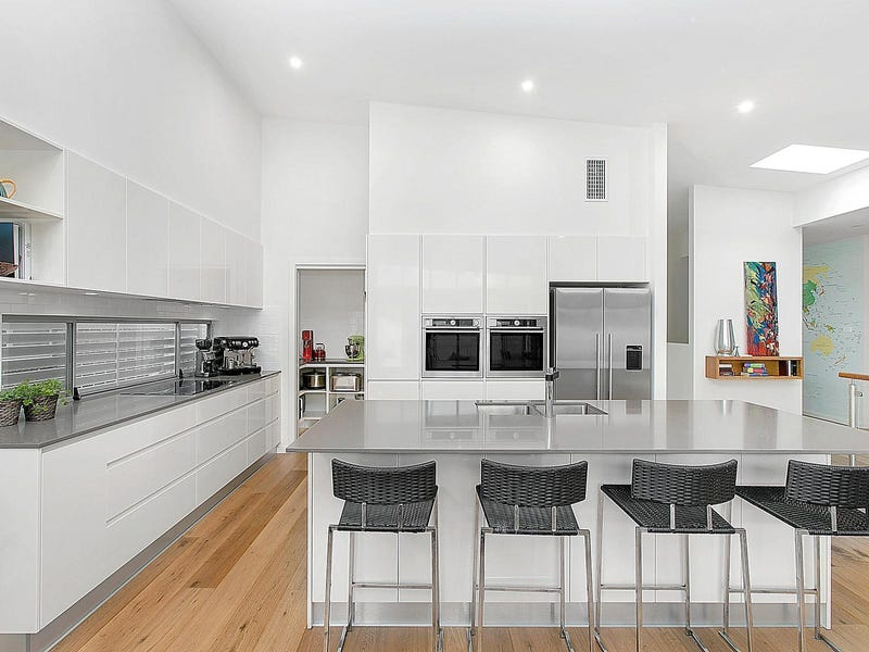8 Air Avenue, Bulli, NSW 2516