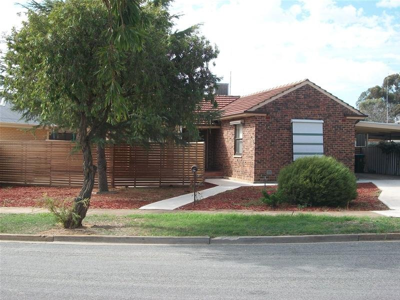 2 Stroud Street, Clearview, SA 5085