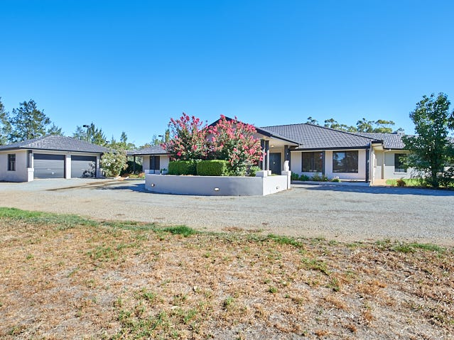 2 Iverach Street, Coolamon, NSW 2701