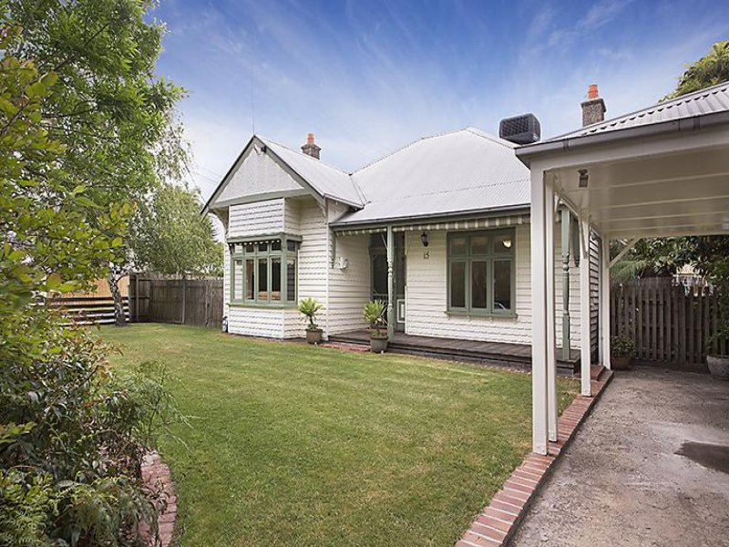 15 Leamington Crescent, Caulfield East, Vic 3145