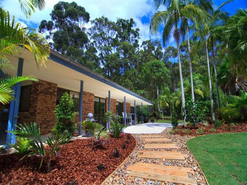 24 Thompson Road, Beerwah, Qld 4519